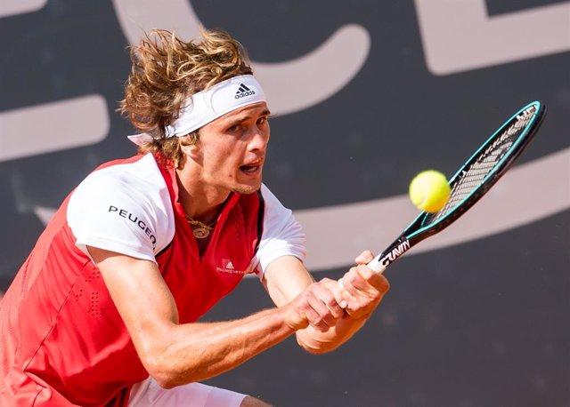 """Tenis.- Alexander Zverev ve """"un poco locura"""" que celebre el US Open con la situa"""