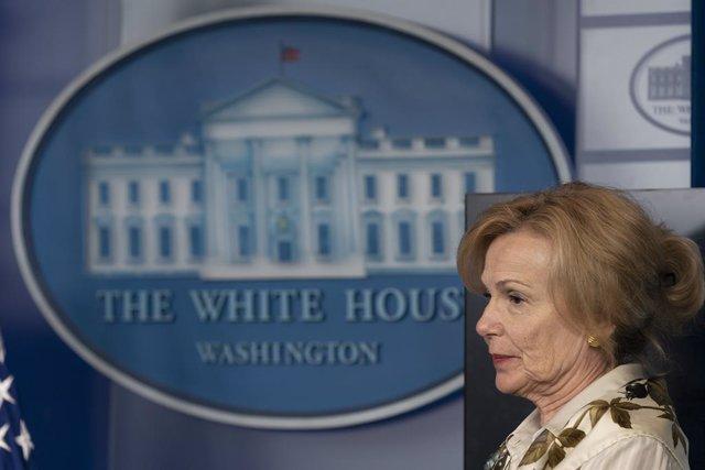 Coronavirus.- Los demócratas acusan a una de las principales expertas de Trump d