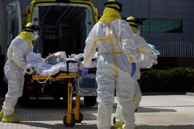 Coronavirus.- Andalucía mantiene 60 hospitalizados con Covid-19 y baja a ocho en