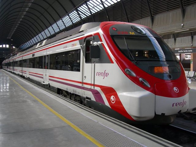 Tren Civia en la estación sevillana de Santa Justa, en una imagen de archivo