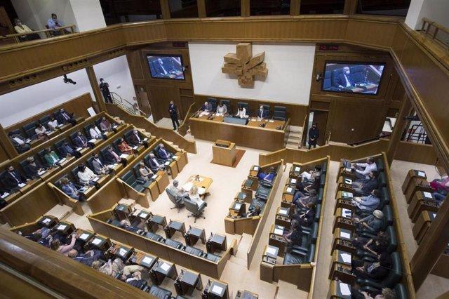 Imagen del Parlamento Vasco en su pelno de Constitución