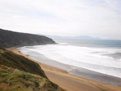 Baño prohibido este lunes en las playas vizcaínas de La Arena, Barinatxe, Arriatera-Atxabiribil, Bakio y Laida