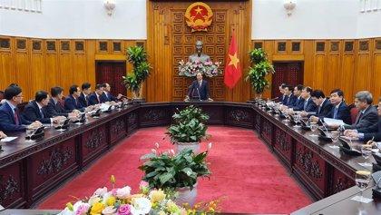 Vietnam sopesa confinar la ciudad de Da Nang tras detectar brotes de coronavirus en varias fábricas