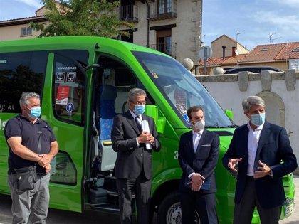 La Comunidad de Madrid pone en marcha en la Sierra Norte la primera línea de bus interurbano a demanda