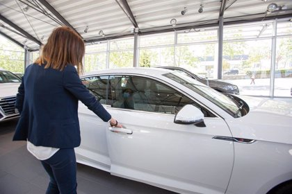 Las ventas de coches suben un 1,1% en julio por primera vez en la pandemia gracias al Plan Renove