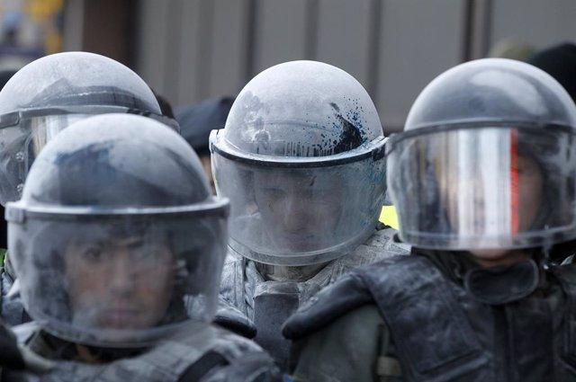 AMP.- Ucrania.- Detenido un hombre que amenazaba con hacer estallar una bomba en