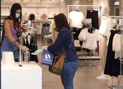Las ventas en las grandes superficies de Andalucía aumentan un 5,3% en junio