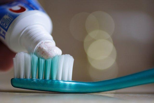 Coronavirus.- Dentistas piden lavarse las manos antes de usar el cepillo de dien