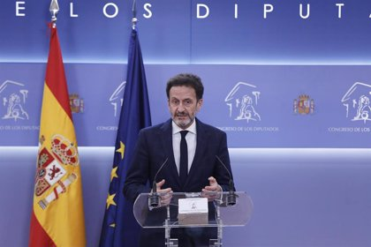 """Bal (Cs) critica a los """"populistas"""" del Gobierno por confundir """"hechos individuales"""" de Juan Carlos I con la Corona"""