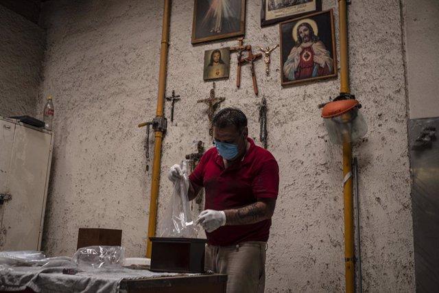 Coronavirus.- México supera los 48.000 muertos por coronavirus con más de 443.00