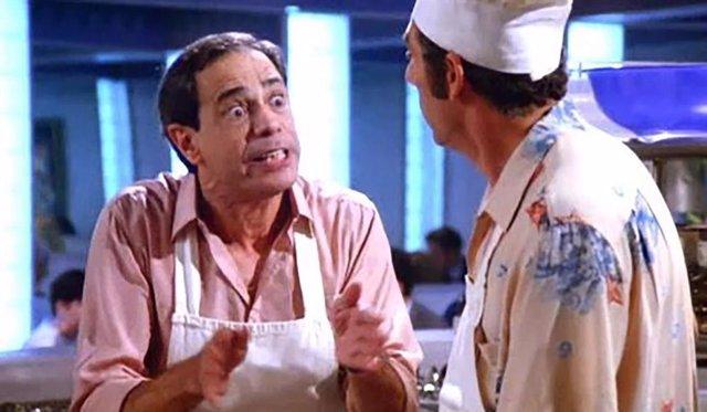 Reni Santoni en la serie Seinfeld
