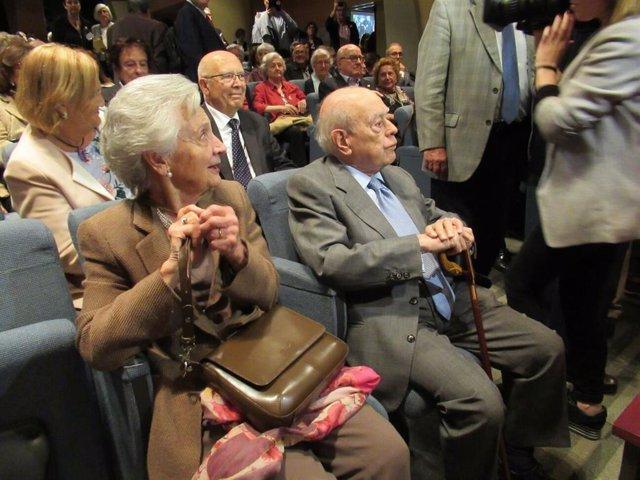 L'expresident de la Generalitat  Jordi Pujol i la seva dona