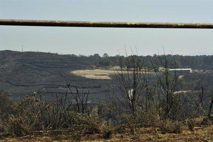 Extinguido el mayor incendio forestal en Galicia desde 2017 tras quemar unas 1.530 hectáreas en Cualedro