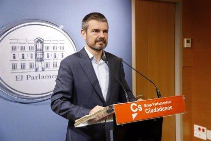 """Cs defiende que """"la única solución"""" ante el número de desempleados es alargar los ERTE hasta la próxima temporada"""