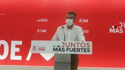 """El PSOE de Extremadura valora el descenso del paro en julio pero advierte de que """"van a venir meses difíciles"""""""