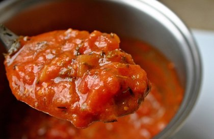 ¿Son saludables los tomates de bote del supermercado? Esto dice un análisis de OCU