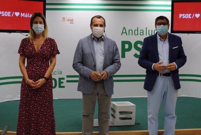 Antonia García, José Luis Ruiz Espejo y Antonio Moreno Ferrer en rueda de prensa