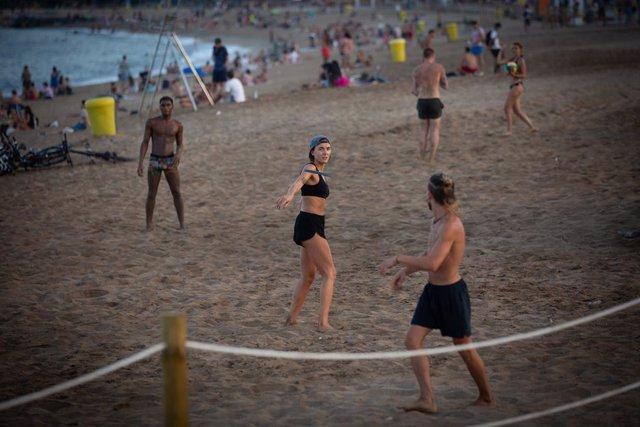 La Inteligencia Artificial calcula en 30 segundos el aforo en las playas