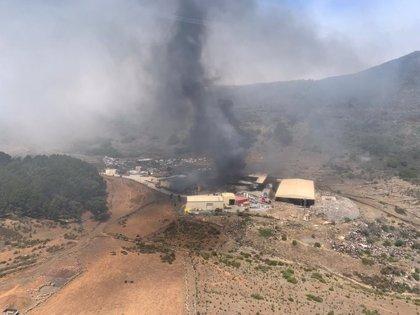 Reabren la HI-1 y piden a los vecinos de Isora, San Andrés y La Cuesta que permanezcan en sus casas