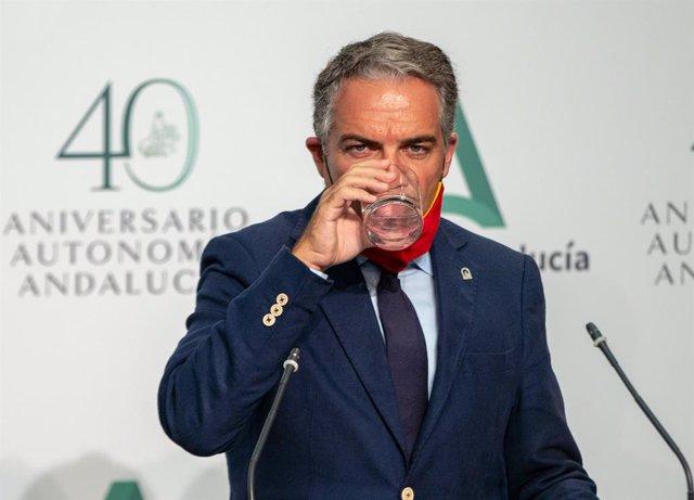 """La Junta pide """"unidad"""" en torno al Rey y que Sánchez """"no tolere"""" que miembros de"""
