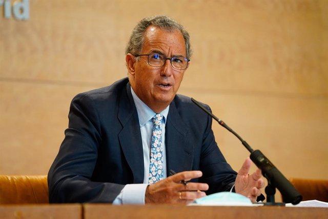 """Ossorio llama a confiar en la monarquía parlamentaria, un """"símbolo de la unidad"""