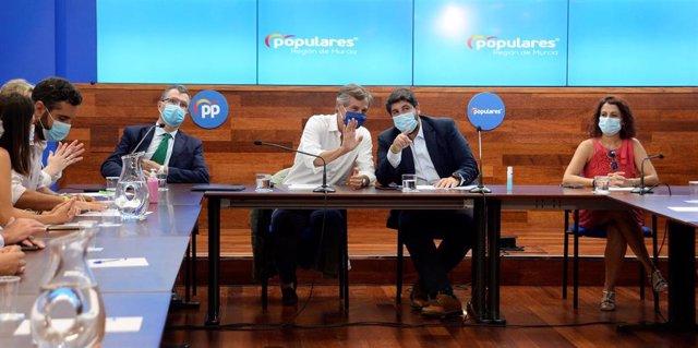 Jornadas de alcaldes PP celebrada en Murcia. Asiste el alcalde de Murcia, José Ballesta; el vicesecretario de Política Territorial del PP, Antonio González Terol; y el presidente de la Comunidad, Fernando López Miras