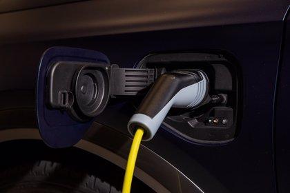 El Gobierno renovará la flota de la AGE con vehículos sin emisiones por 100 millones de euros