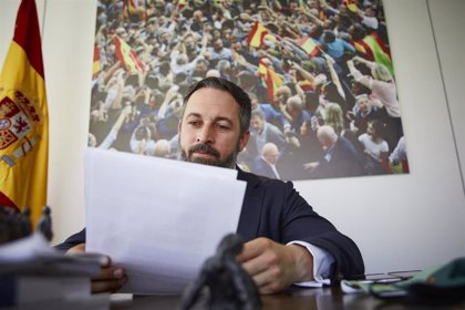 """Abascal acusa a Sánchez e Iglesias de """"traición repugnante"""" a la Corona para """"tapar su gestión criminal"""" del Covid19"""