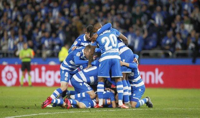 AMP.- Fútbol.- El Deportivo-Fuenlabrada se aplaza al viernes a las 20.00 horas