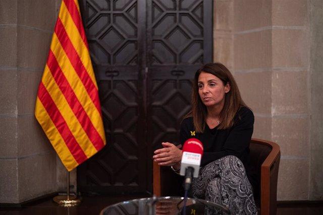 La consellera de la Presidencia y portavoz de la Generalitat, Meritxell Budó, durante una entrevista con Europa Press en el Palau de la Generalitat, en Barcelona, Catalunya (España) a 4 de agosto de 2020.