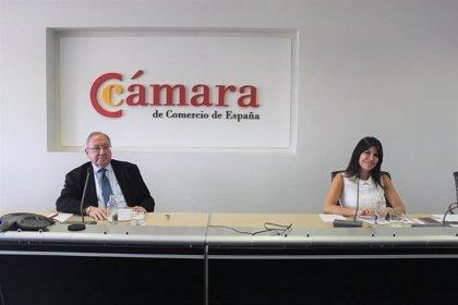 La Cámara de Comercio defiende a la Monarquía y ensalza la labor de Juan Carlos I en la Transición