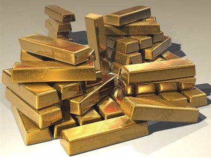 El oro no encuentra techo tras romper la barrera de los 2.000 dólares aupado por la incertidumbre global