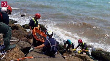 Hallado el cuerpo sin vida de un hombre en una zona rocosa del puerto de Borriana