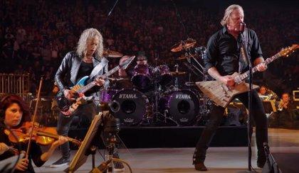 Metallica lanza un nuevo adelanto de S&M2: Moth Into Flame