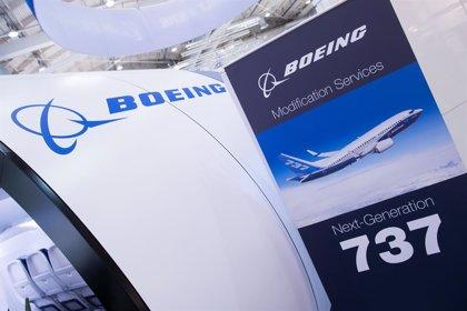 S&P mantiene en 'BBB-' el rating de Boeing pero rebaja a 'negativa' su perspectiva