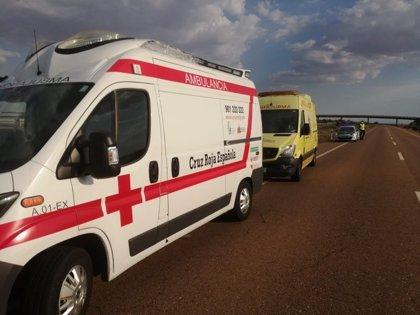 Un motorista de 49 años resulta herido al salirse de la carretera cerca de Torremejía