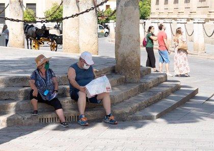 Sevilla mantiene todos los proyectos hoteleros, que ayudarán a la recuperación, según el alcalde