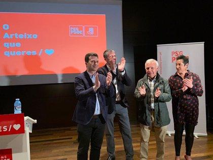 El diputado electo del PSdeG Martín Seco renuncia a su acta como edil en Arteixo (A Coruña)