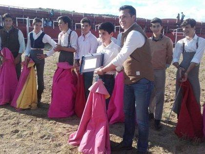 El novillero de la Escuela Taurina de Badajoz Sergio Sánchez participa en un certamen en Salamanca