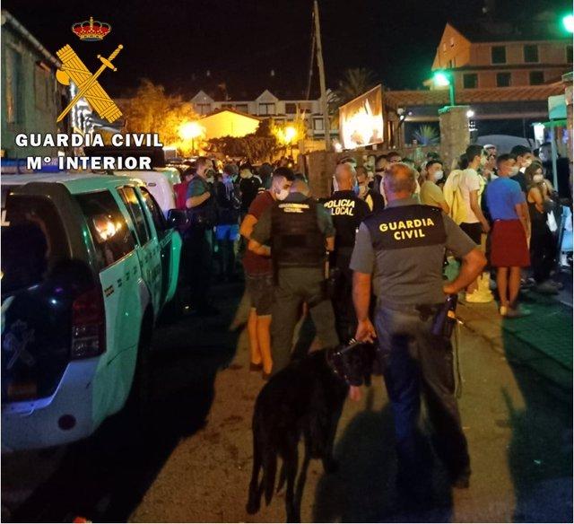 Guardia Civil interviene en botellones
