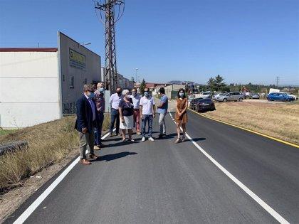 Finalizadas las obras de mejora del acceso al polígono industrial de La Meana