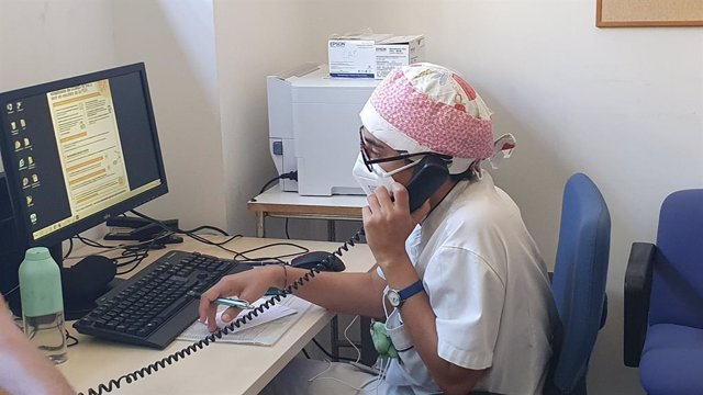 Una gestora Covid aquest dijous 6 d'agost del 2020, en el CAP de Roses, municipi de la comarca de l'Alt Empordà que pertany a la Regió Sanitària de Girona