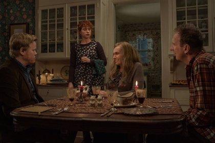 Tráiler de 'Estoy pensando en dejarlo': Charlie Kauffman lleva su visión surrealista del amor a Netflix