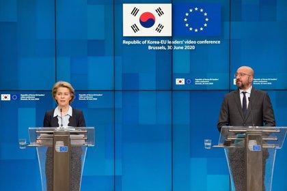 """Líbano.- Von der Leyen y Michel urgen a los gobiernos de la UE a """"redoblar"""" su ayuda a Líbano tras las explosiones"""