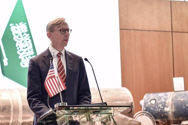 EEUU/Irán.- Dimite el enviado especial de EEUU para Irán, Brian Hook
