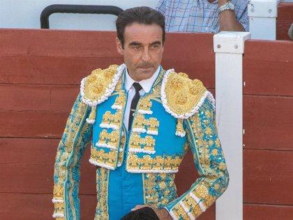 Enrique Ponce sufre una cogida en el Puerto de Santa María