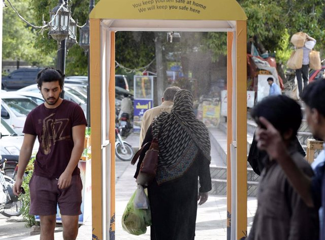 Coronavirus.- Pakistán reabrirá el 10 de agosto restaurantes, cafeterías, parque