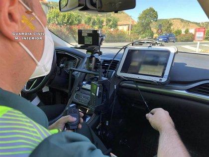 Investigados dos conductores por circular a más del doble de la velocidad máxima permitida en Nalda y Santurde de Rioja