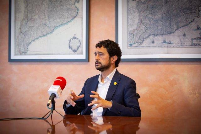 El conseller de Territori i Sostenibilitat de la Generalitat, Damià Calvet, durant l'entrevista