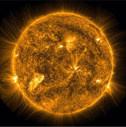 Desarrollan un nuevo método para crear mapas magnéticos de la corona solar